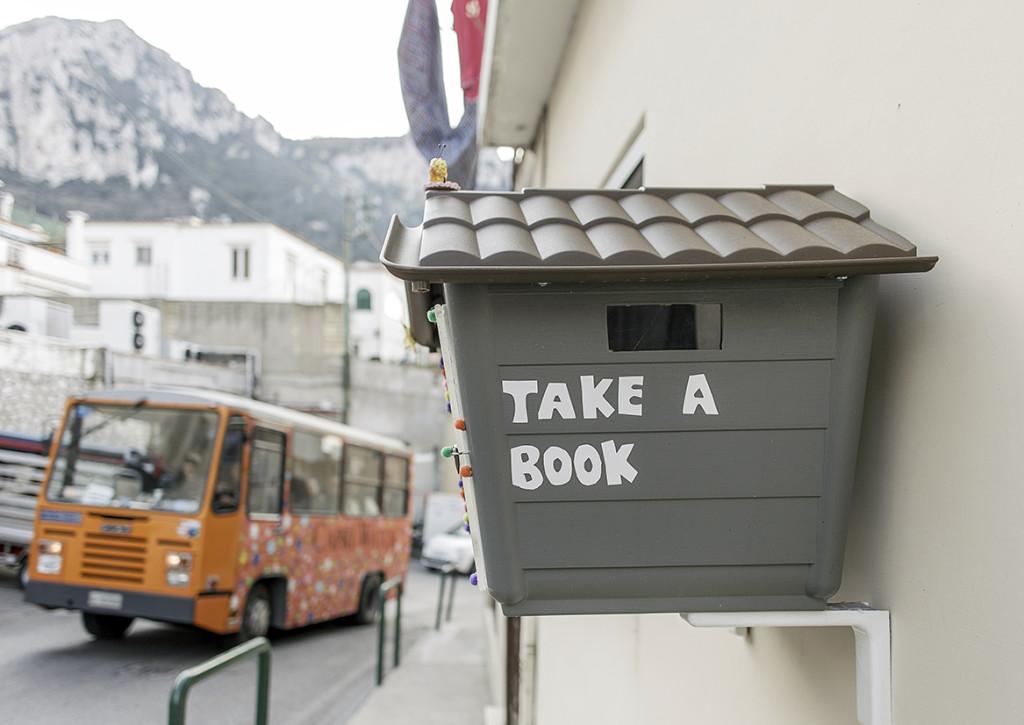 library_Capri